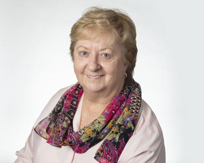 Photo of Linda Chick,