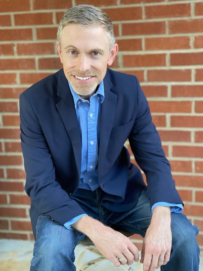 Photo of Steven Tart,