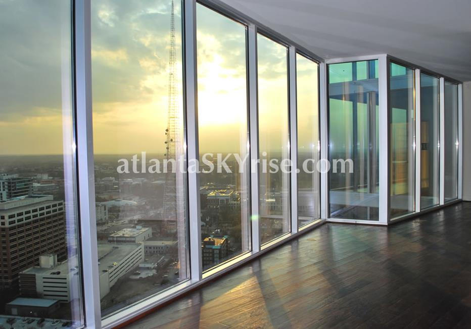 1010 Midtown Atlanta Condo Sweeping Views