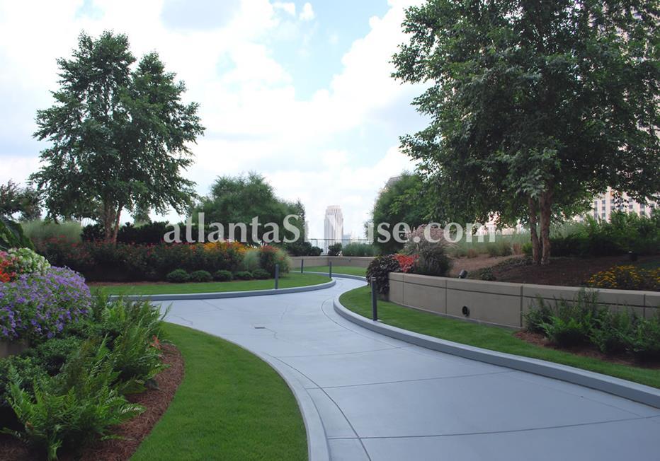 1010 Midtown Atlanta Condo Walking Paths