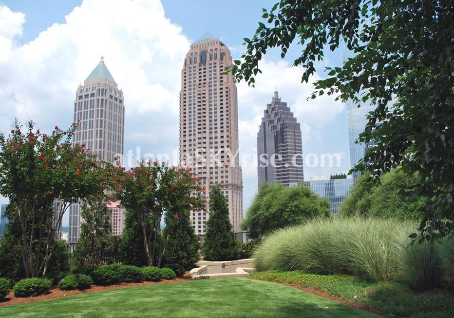 1010 Midtown Atlanta Condominium Green Space