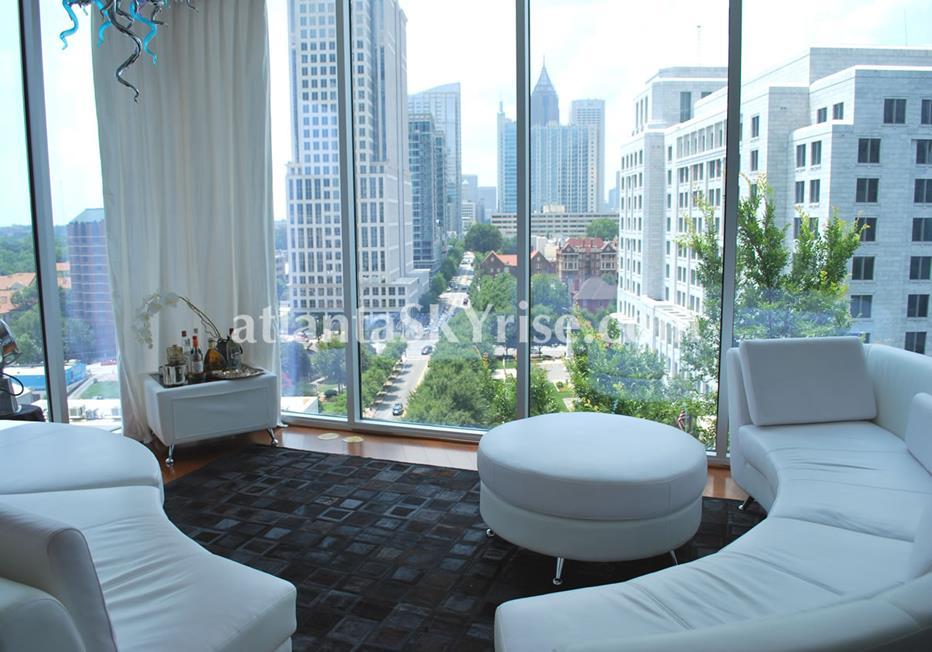 1010 Midtown Atlanta Condo Living Room