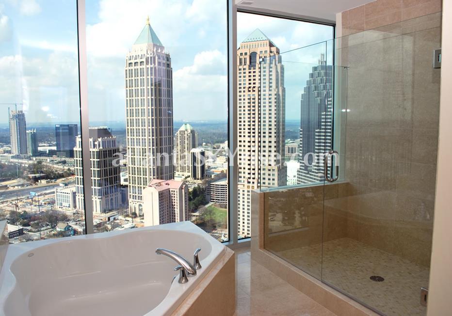 1010 Midtown Atlanta Condo Luxury Bath