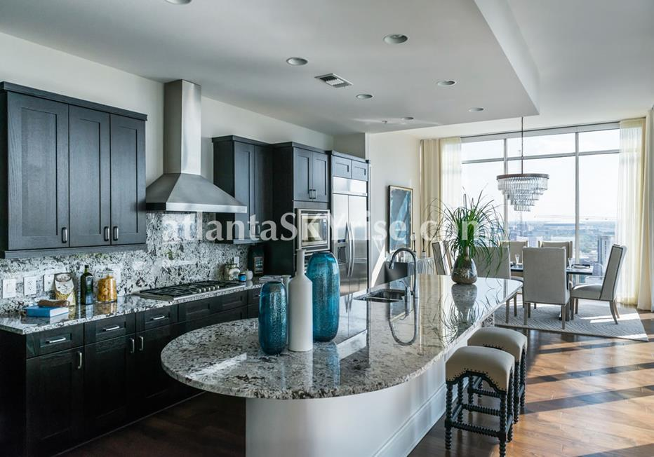 1065 Midtown at Loews Atlanta Condominium Kitchen & Dining