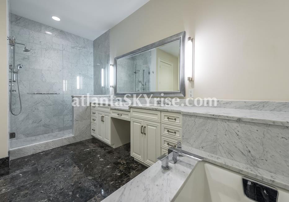 1065 Midtown at Loews Atlanta Condo Luxury Master Bath