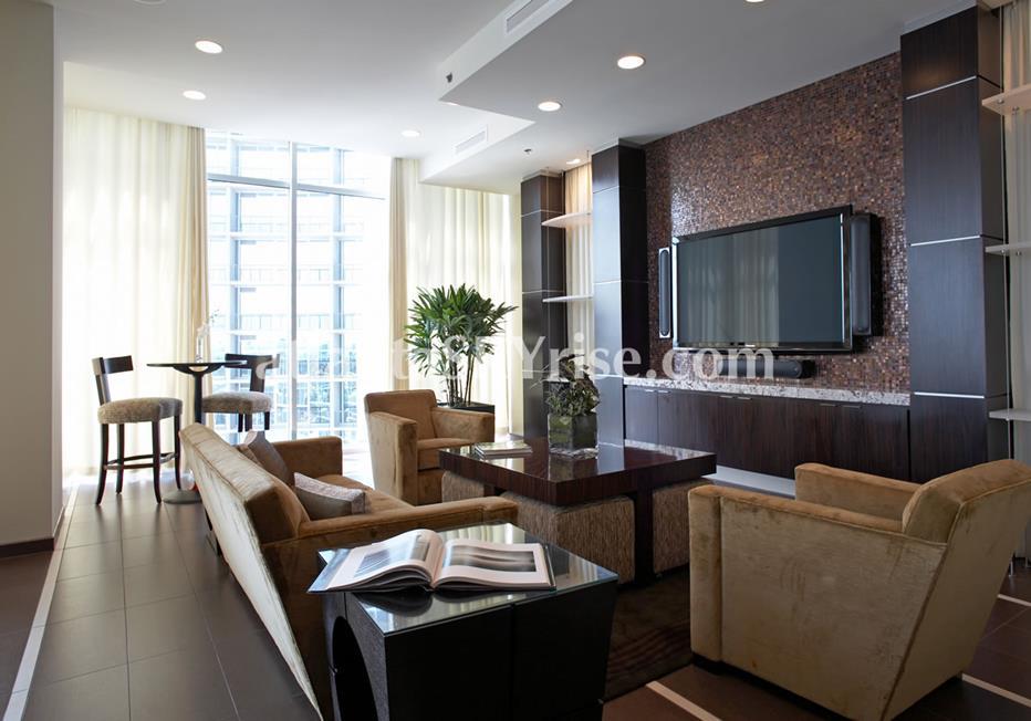 1065 Midtown at Loews Atlanta Living Room