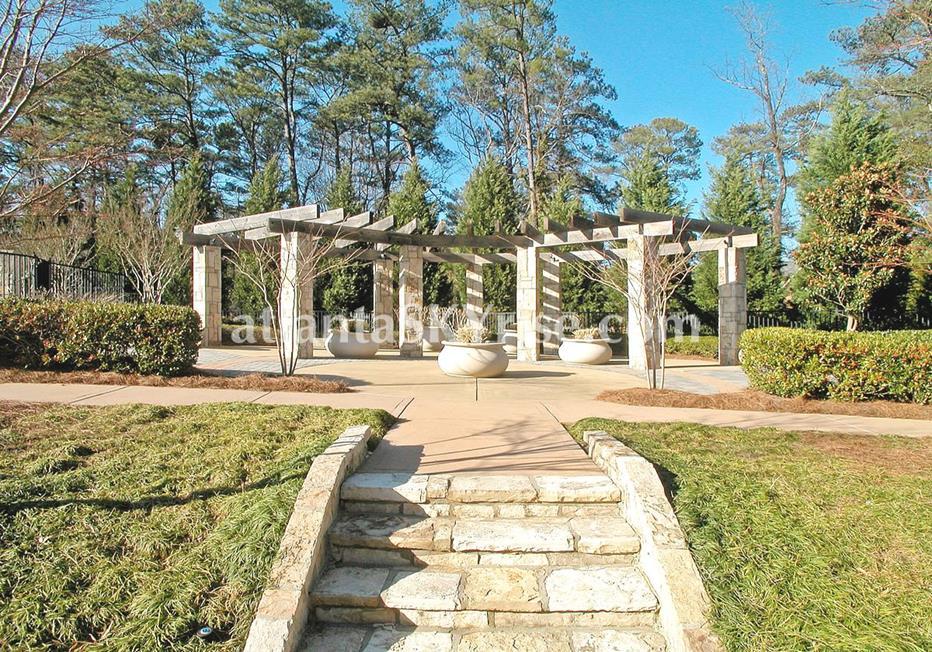 Park Regency Buckhead Atlanta Condo Outdoor Space