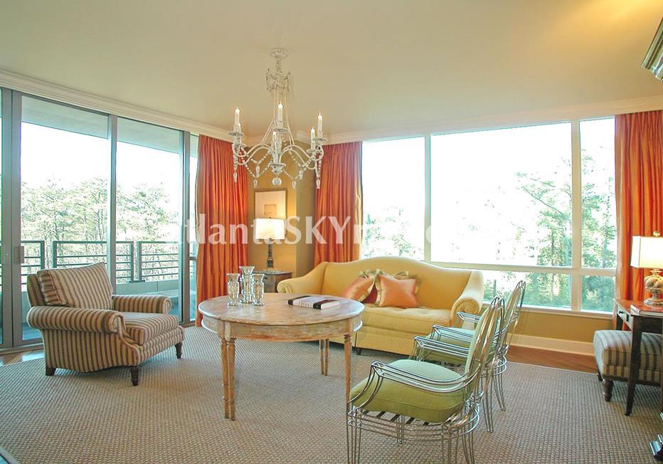 Park Regency Buckhead Atlanta Condo Living Room