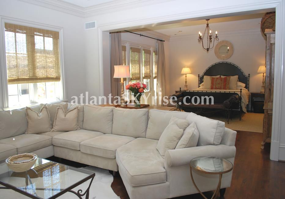 The Bellingrath Buckhead Atlanta Townhome Master Bedroom With Large Seating Area