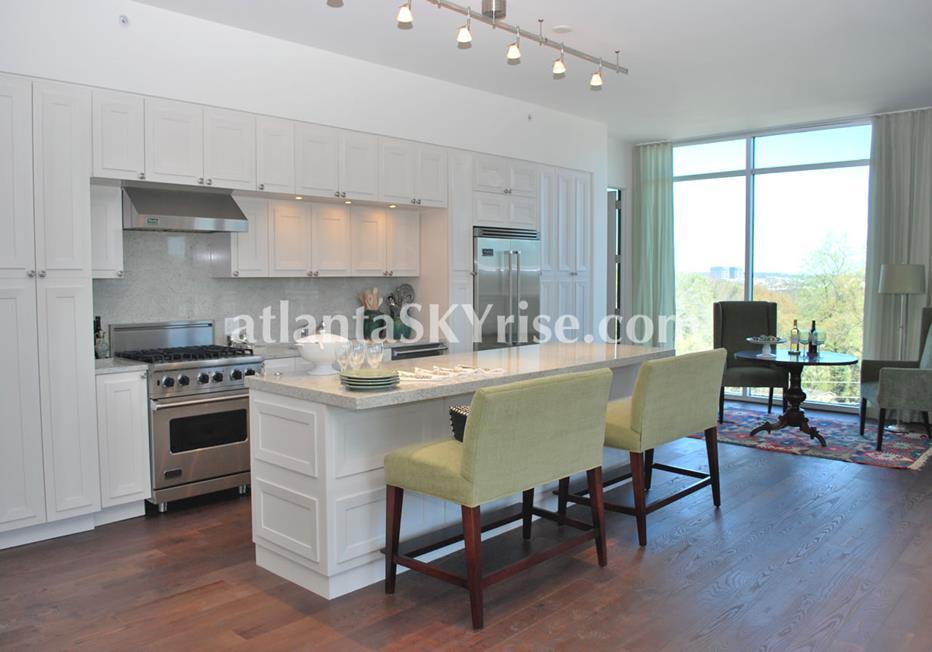 The Brookwood Midtown Atlanta Condo Kitchen Island Seating