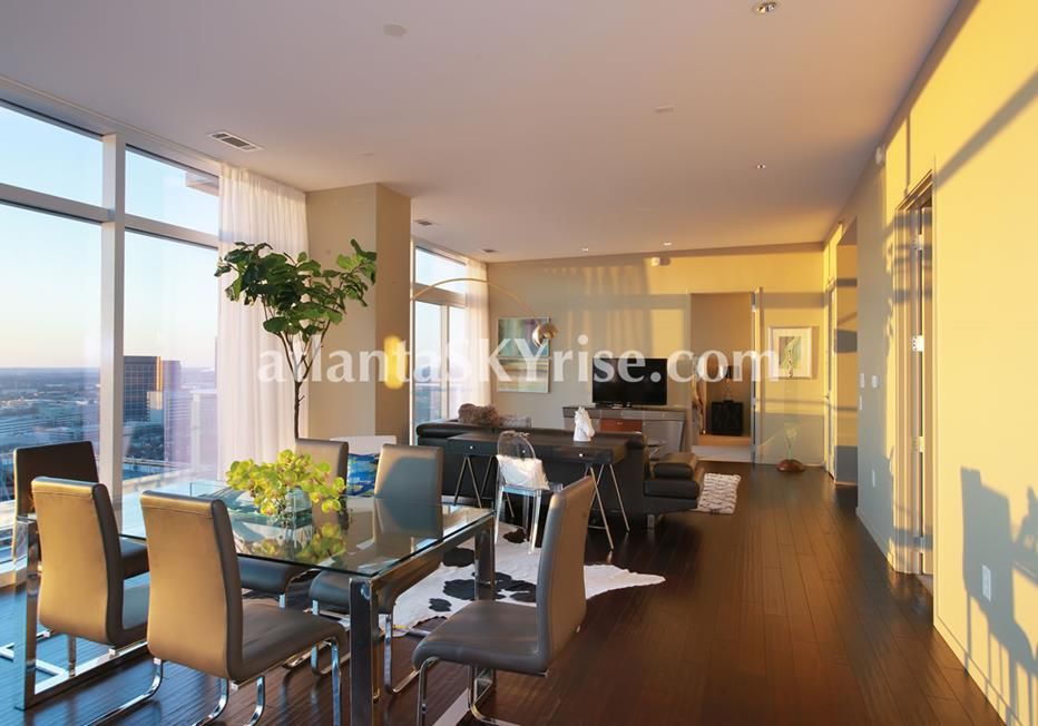 W Residences Downtown Atlanta Condo Living and Dining Area