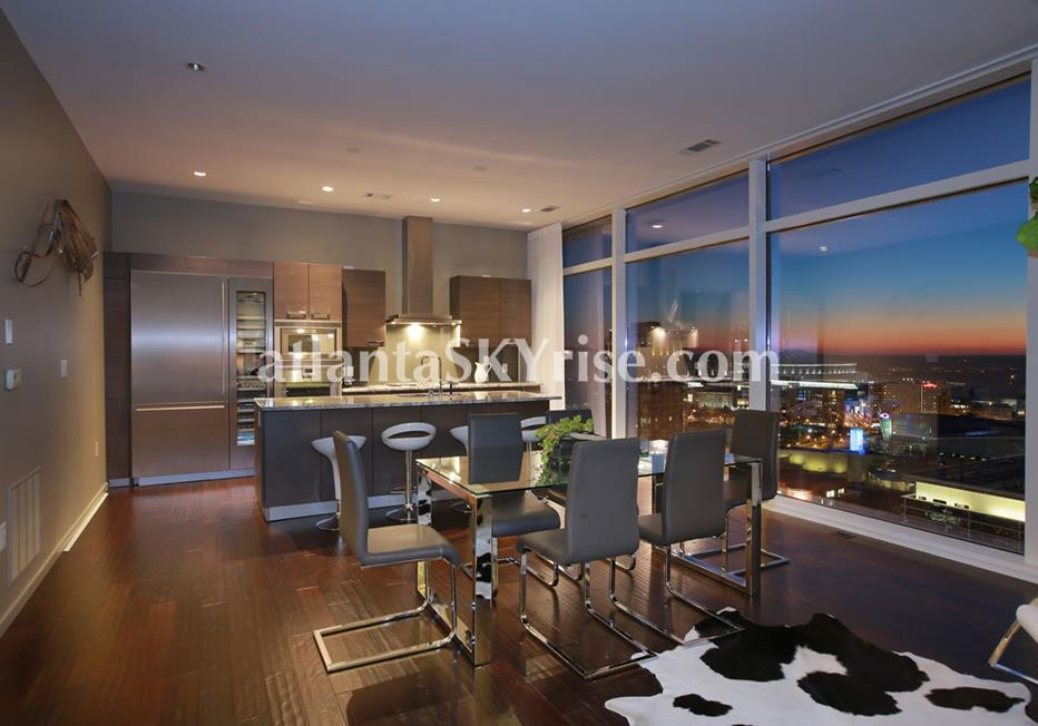 W Residences Downtown Atlanta Condo Kitchen and Dining Room With City Views