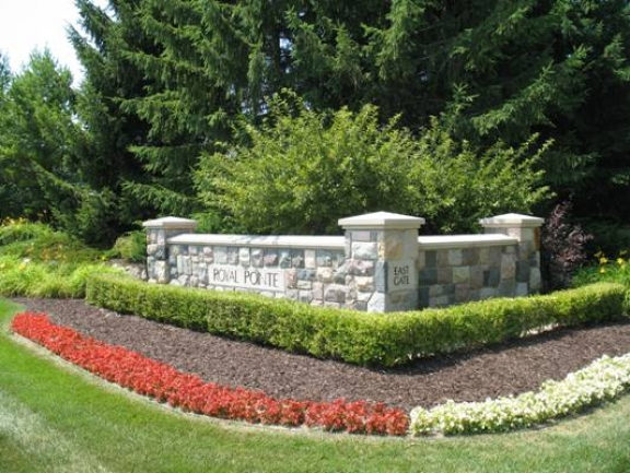 Royal Pointe's East Gate Sign & Landscaping