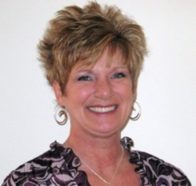 Photo of Lisa Robertson,