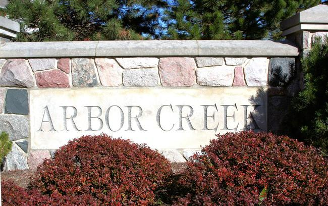 Arbor Creek Subdivision, Ann Arbor Entrance