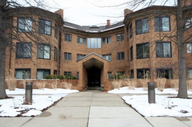 2125 Nature Cove Ann Arbor-Building Front