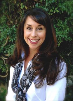 Photo of Renee Shelton