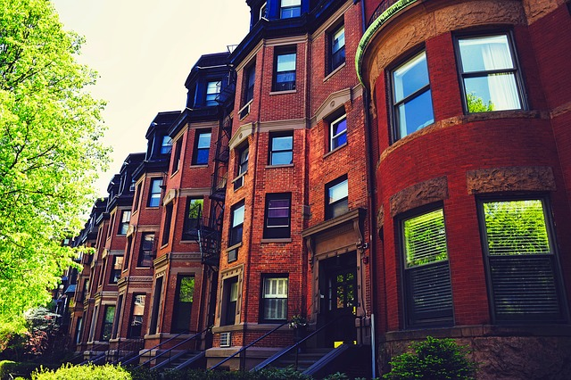 brownstone properties in a city