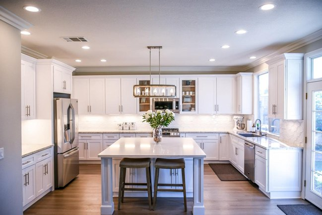 Find beautiful single-family homes in small-town Annadale.