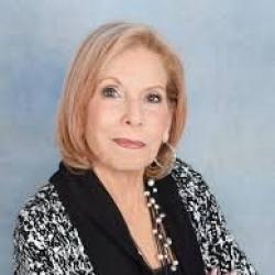 Photo of Nancy Pecoraro