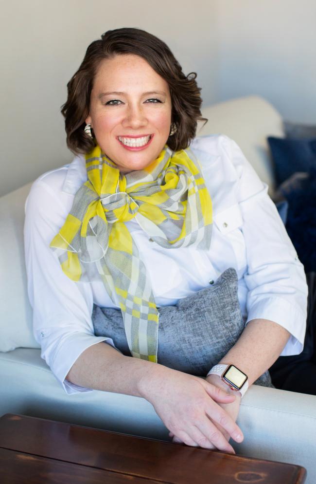 Photo of Heidi Cherachat,