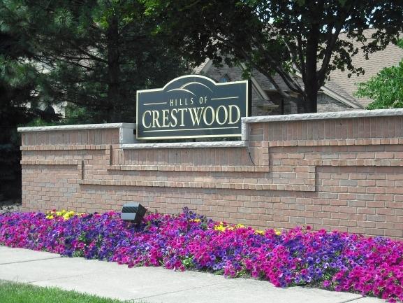 Hills of Crestwood Manor