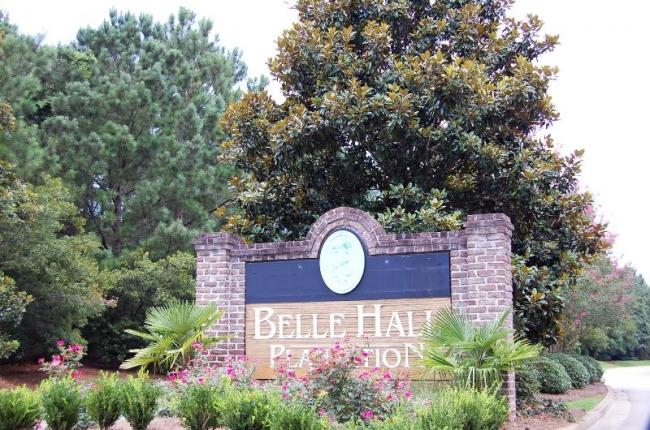 Belle Hall Plantation Entrance