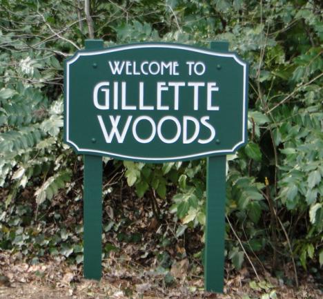 Gillette Woods Entrance