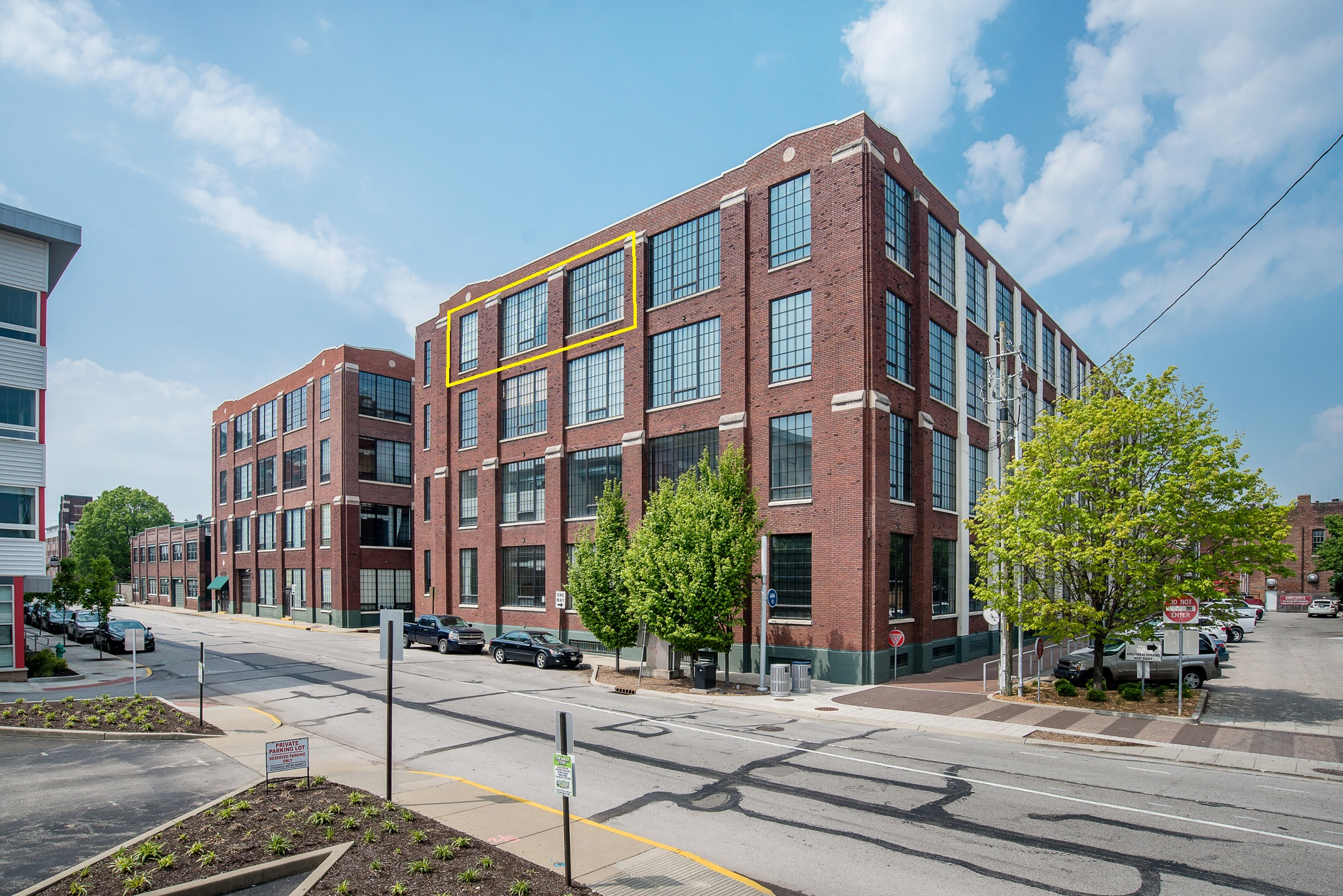 624 E Walnut Condo 46 Indpls IN 46204 Mill 9 Phase 1 - Mitch Rolsky with City Homes And Lifestyle (1 fh)