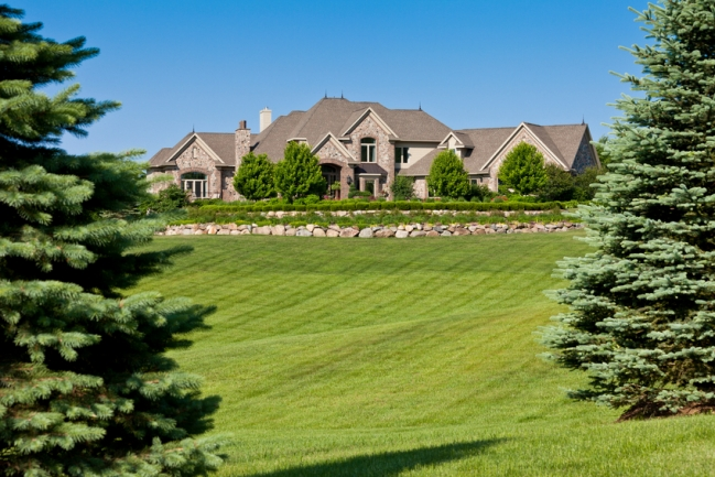 Stunning luxury homes and a parklike setting await at The Retreat.
