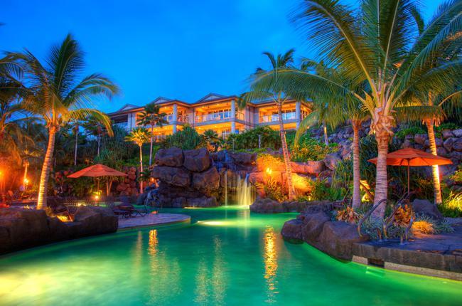 Hoolei Pool at night
