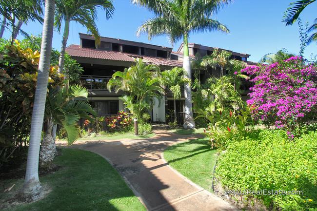Kihei Resort is a low density vacation condo community in North Kihei.