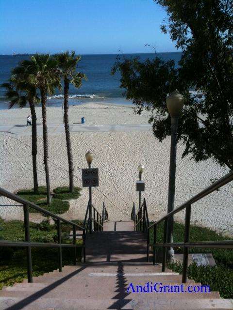 steps to the beach downtown long beach