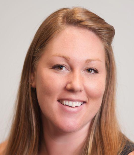Kelly Straugn Realtor Headshot