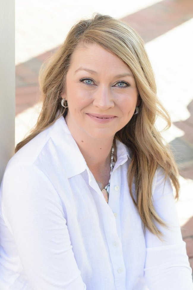 Photo of Tina Phillips,
