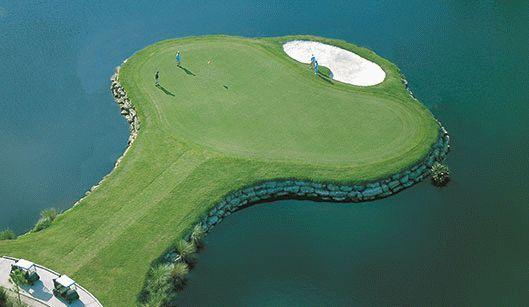 Grand Haven Golf Course Signature 8th hole island green
