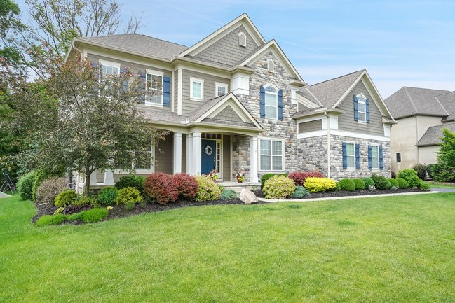 Immaculate Executive Home in Olentangy Schools