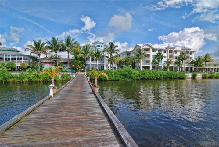 Harborage Yacht Club Condos in Stuart Florida