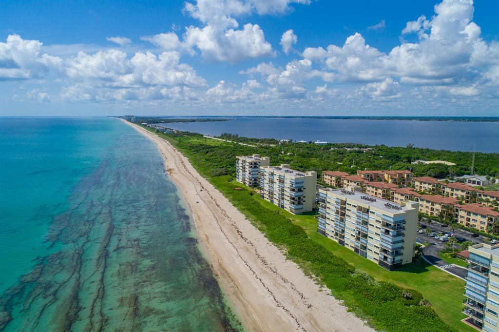 Sand Dollar Shores in Jensen Beach on Hutchinson Island