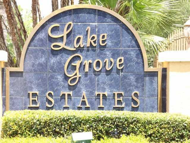 Lake Grove in Palm City FL
