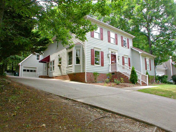 Find spacious and affordably priced homes in charming Brookfield, Apex.