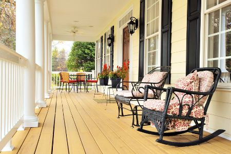 rocking chairs on house front porch