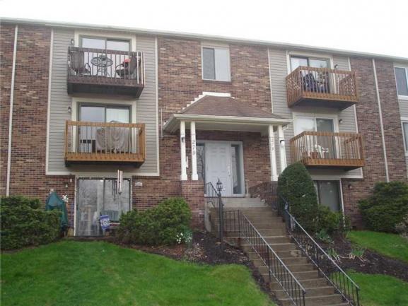 Walden Woods Condominiums