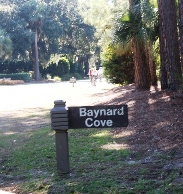 Baynard Cove Sea Pines Entrance