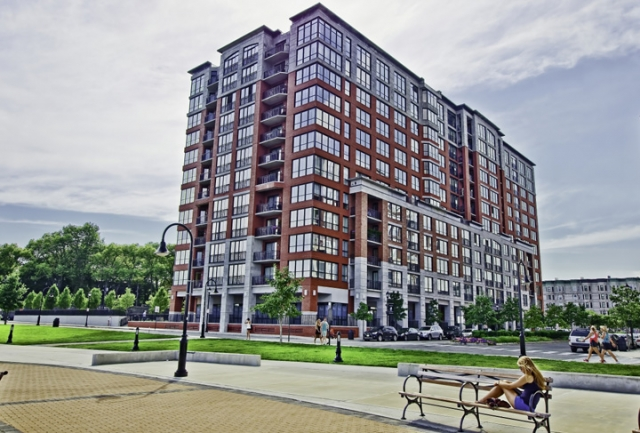 Maxwell Place - a Luxury Hoboken Condo building located on the Hudson River Waterfront