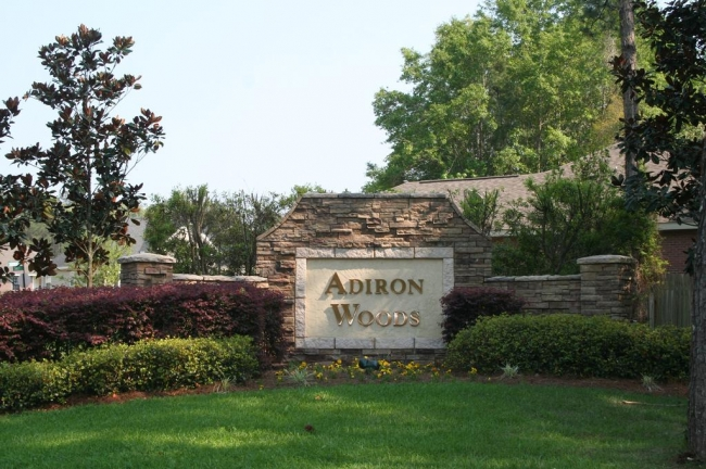 Adiron Woods Tallahassee Neighborhood Entrance