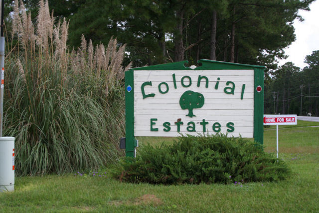 Colonial Estates Havana FL Neighborhood Entrance