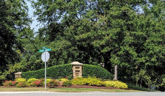 Glen Laurel Entrance
