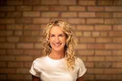 Photo of Julie Regan
