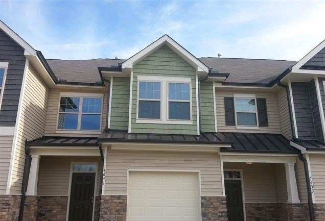 Luxurious townhomes, affordable prices, amazing location... what's not to love about Southern Pointe?
